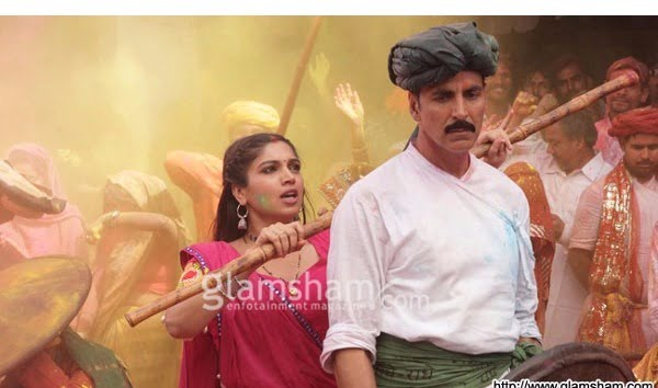 Akshay's TOILET-EPK hits the bull's eye with a 50 crore weekend!