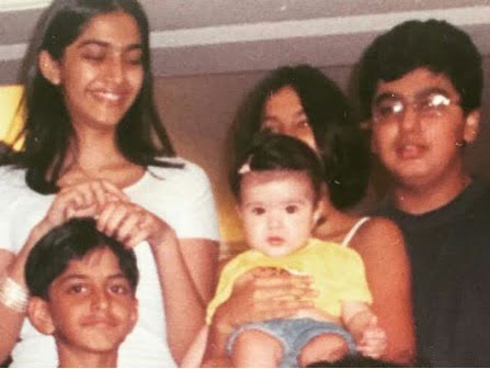 Can you believe there's Arjun Kapoor and Harshvardhan in this picture?