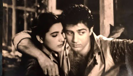 Did you know Sunny Deol took selfie way back in 80s?