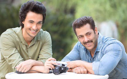 Salman's brother-in-law Aayush to make debut with a love story