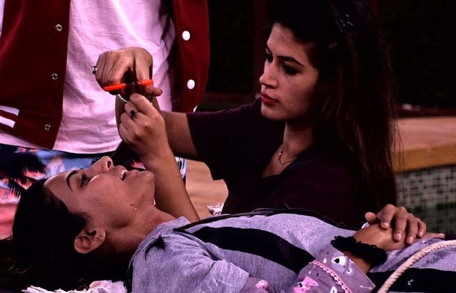Bigg Boss 11: Day 43 - Pay Back Time!