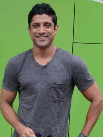 Farhan Akhtar urges people to invest in healthcare