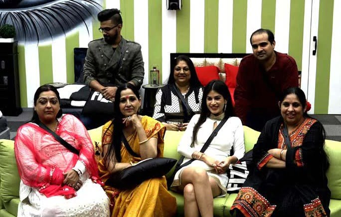 Bigg Boss 11: Day 62 - How will the gharwale impress their family members?