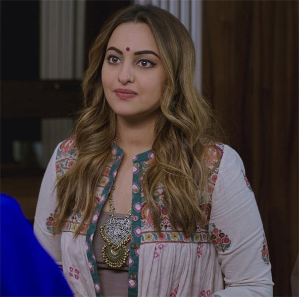 Sonakshi Sinha's college friend styles her in WELCOME TO NEW YORK