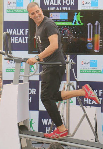 Akshay Kumar: Fitness not about showing off six-pack abs