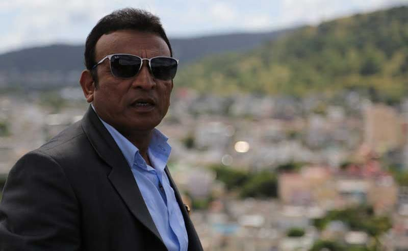 What made Annu Kapoor learn French?