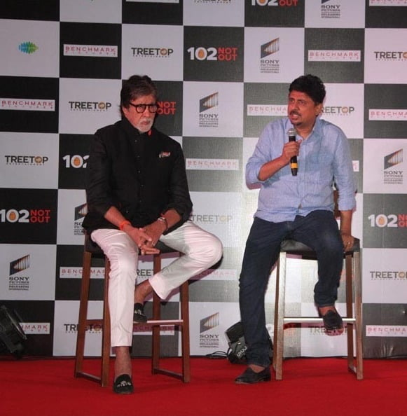 This heartwarming incident between Amitabh Bachchan and Umesh Shukla is priceless!!