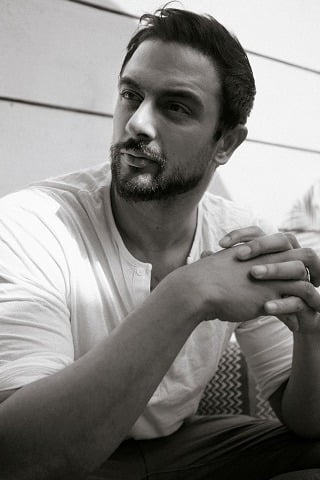 Arunoday Singh does parkour for his next