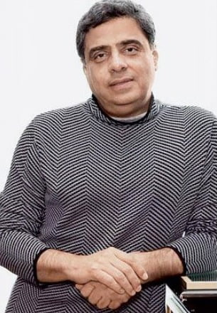 Ronnie Screwvala collaborates with this acclaimed filmmaker