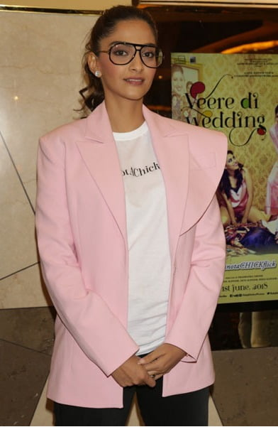 Sonam Kapoor is happy and Anand Ahuja is not the reason