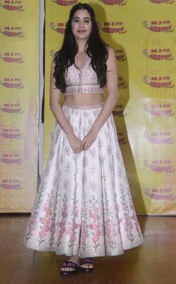 Janhvi Kapoor: DHADAK will give really strong social message