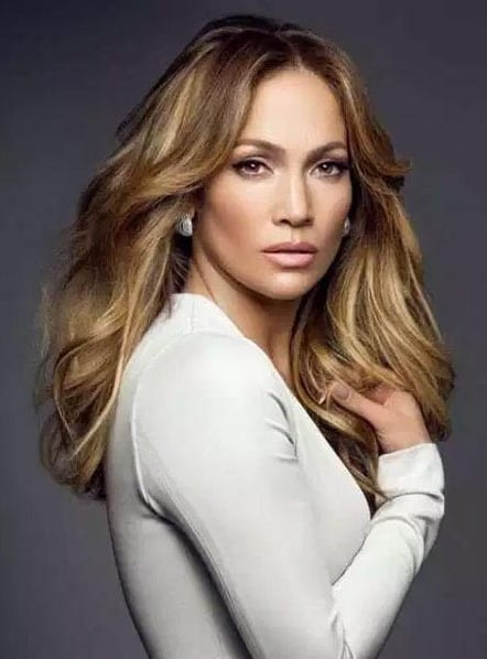 Jennifer Lopez's daughter in talks to land a book deal
