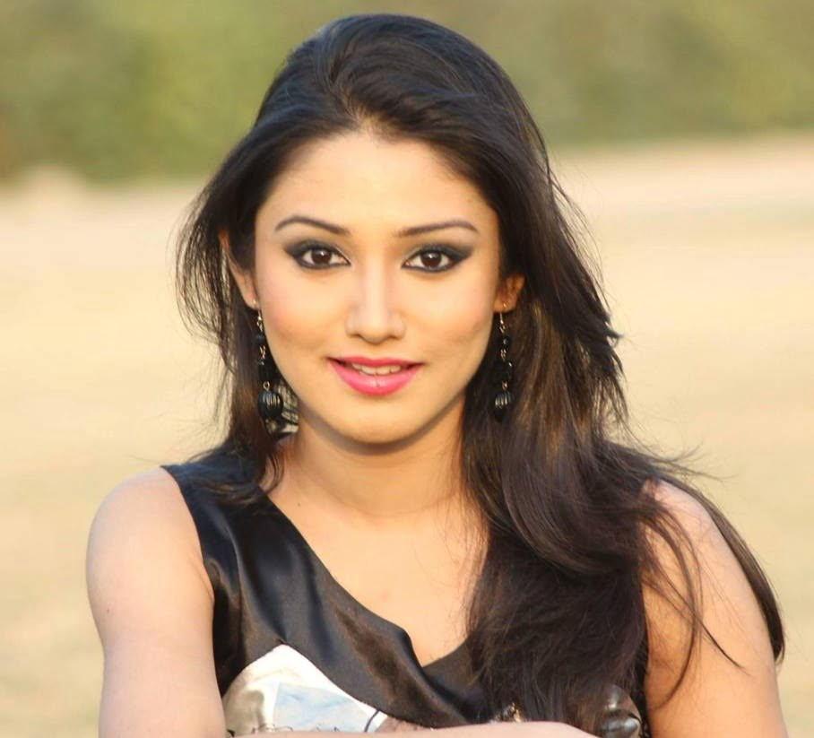 Donal Bisht bags lead role in 'Roop'