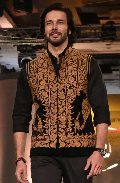 Rajniesh Duggall: Casting couch is one's own choice