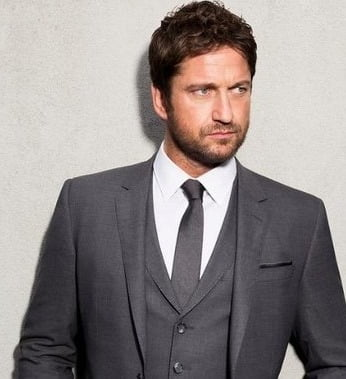 Gerard Butler puts on loved-up display with girlfriend