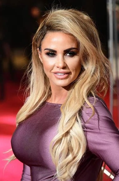 Katie Price spotted 'splurging 600 pounds on perfume'