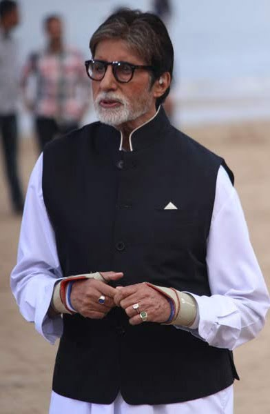 Amitabh Bachchan: There has to be continuity in cleanliness campaigns
