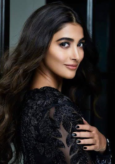Pooja Hegde & Prabhas to commence shooting for a trilingual in Europe
