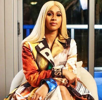 Cardi B not back with Offset