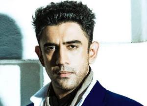 Amit Sadh's Picture Perfect Posts is going viral