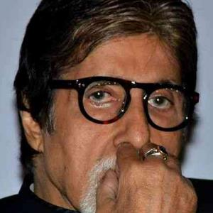 This gesture by Amitabh Bachchan for Pulwama martyrs will melt your heart