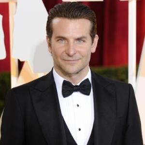 Bradley Cooper scared to perform live