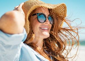 Tips to protect coloured hair from summer sun