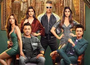 Akshay- Sajid's HOUSEFULL 4 is good, Hrithik-Tiger's WAR approaches 300!