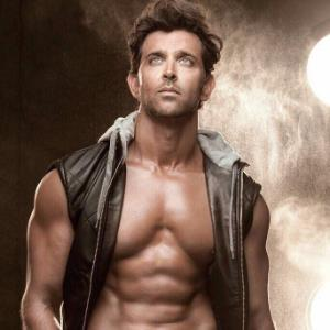 Hrithik Roshan makes sure his team work out with him!