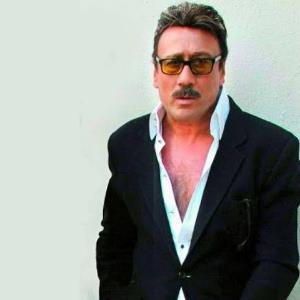Jackie Shroff paints the town in his intense wave