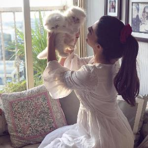 Jacqueline shares her love for cats with adorable goodies