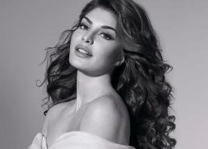 Jacqueline Fernandez finds a completely new & interesting space