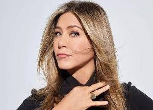 Jennifer Aniston says her family believed she'd 'never make a dime'