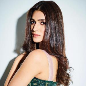 Kriti Sanon warms up by burning the stage