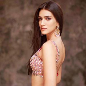 Kriti Sanon would ask out her poster boy!