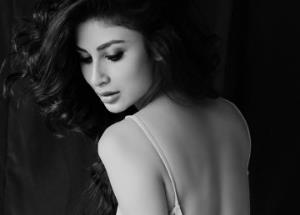Mouni Roy is a Pure Beauty in latest monochrome picture