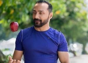 Rahul Bose pays a huge price for two bananas