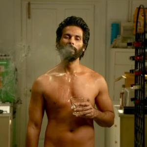 Shahid Kapoor drops kilos to be a college goer