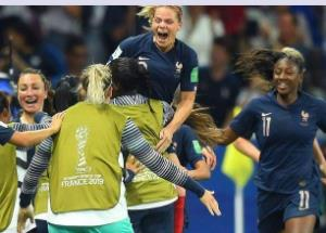This WC 6 Indian female footballers to travel to France