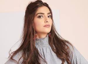 Sonam Kapoor to essay blind character in her next