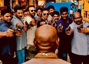 Sooryavanshi and his team catches the culprit