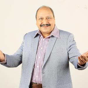Sudhir Pande plays a common man