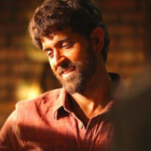 Hrithik shares his BTS snap of SUPER 30 as a student!