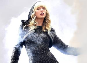 Song Lyrics of Paper Rings by Taylor Swift