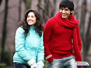 Kartik Tiwari ate 25 eggs a day to get the right look for AKAASH VANI!