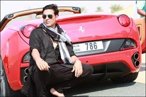 Wanna go for a long drive in Akshay's Red Ferrari?