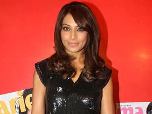 Bipasha Basu: A woman is intelligent and looks her best post 30