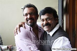 South star Chiranjeevi makes surprise visit on the sets of ZANJEER