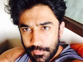 Why can't Amit Sadh relate to himself?