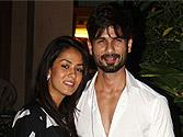 Snapped: Lovebirds Shahid Kapoor - Mira Rajput fly down to home sweet home